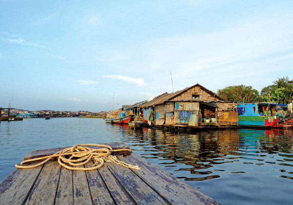 Tonle Sap Lake Cambodia Tour