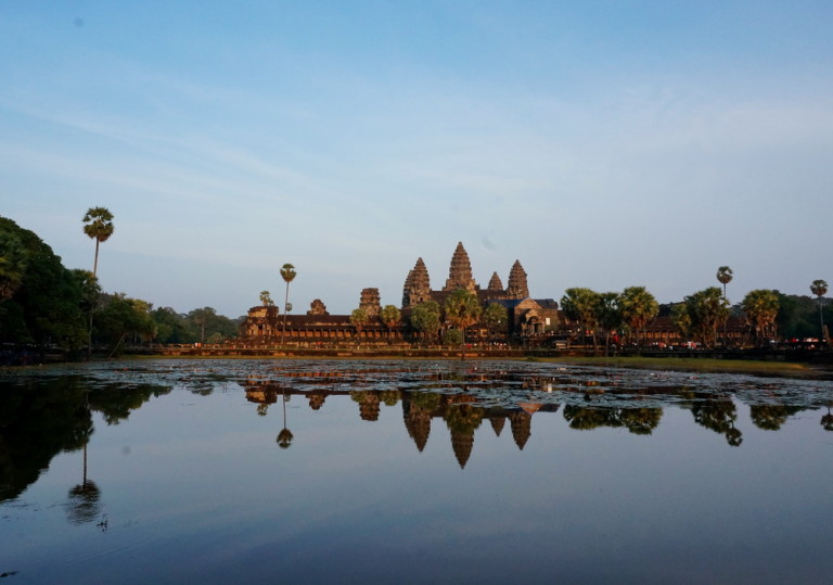 How to Avoid a Long Queue Line in Angkor Wat