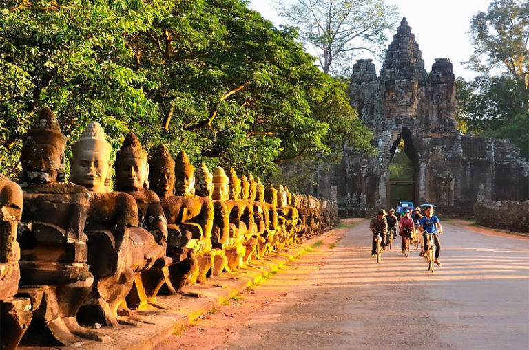 Guide for Small Group Tours Cambodia